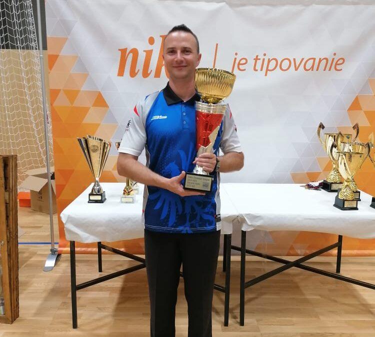Víťazom druhého ročníka Niké Premier League sa stal Štefan Hájek
