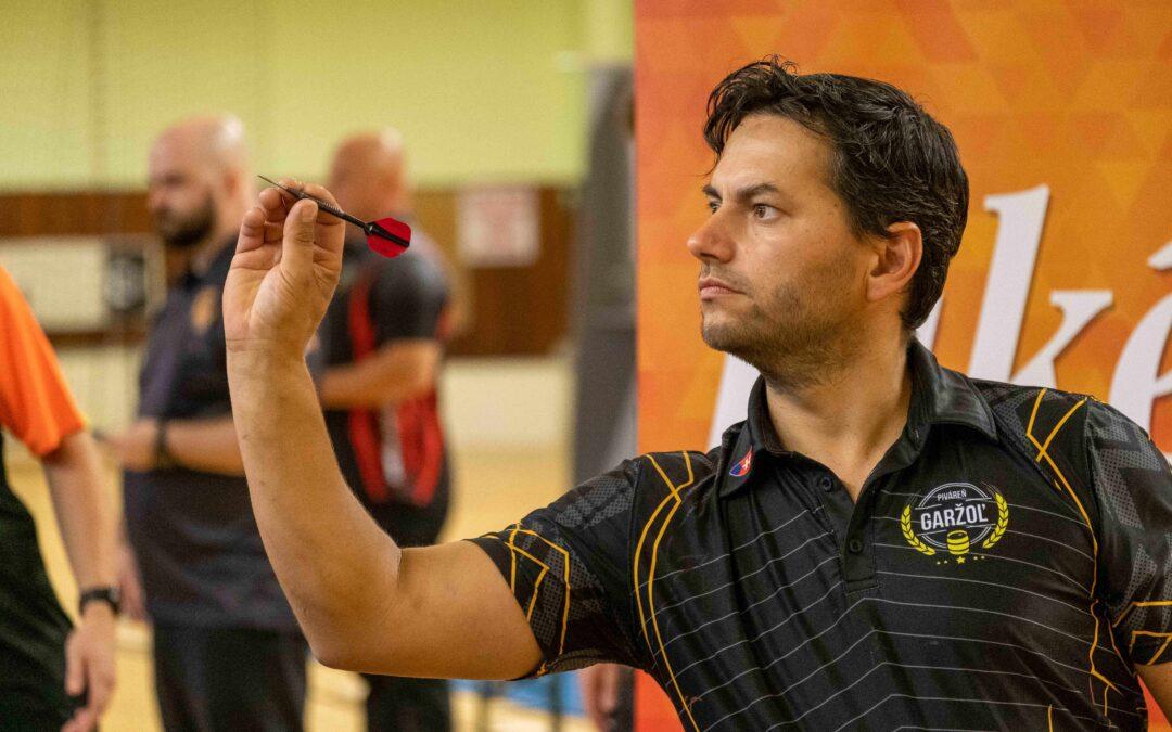 Víťazom základnej časti sa stal František Mika.